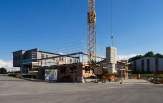 Baufortschritt Halle mit Büro Kontschieder Blitzschutzanlagen