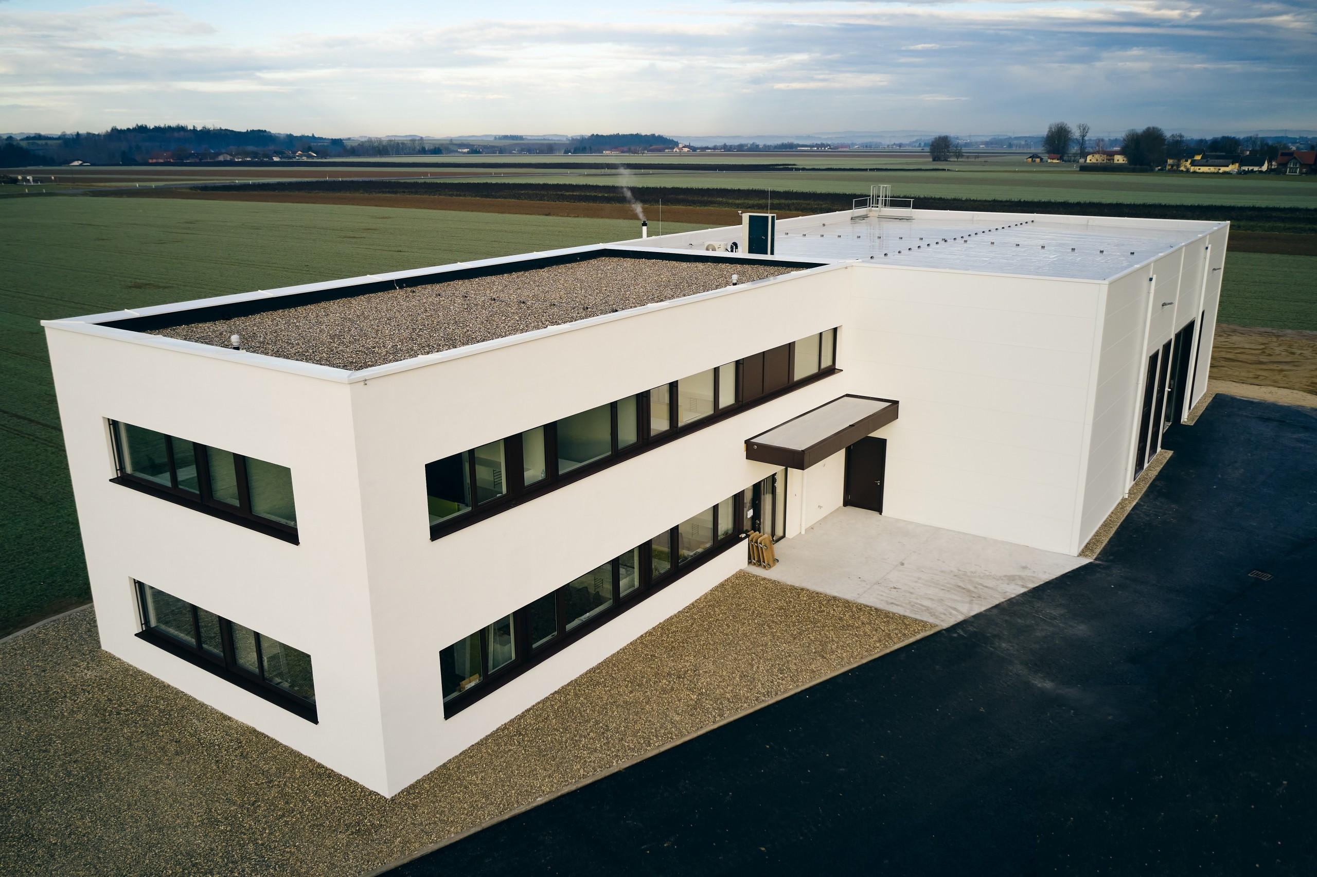 """SCHLÜSSELÜBERGABE – """"Reder Technik GmbH – Neubau Lager und Büro"""""""